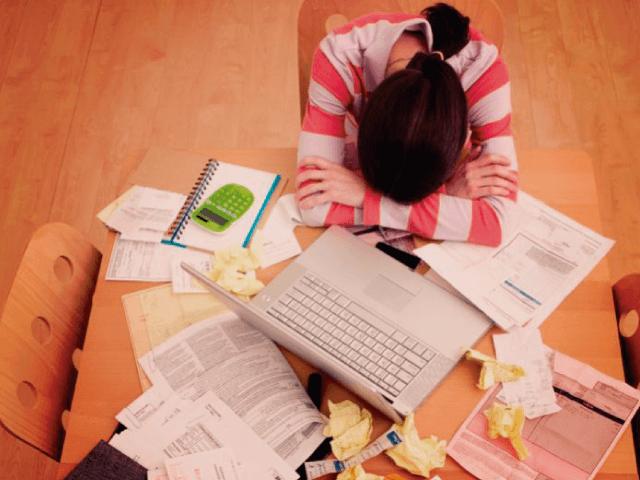 Descontrole financeiro x Baixa produtividade
